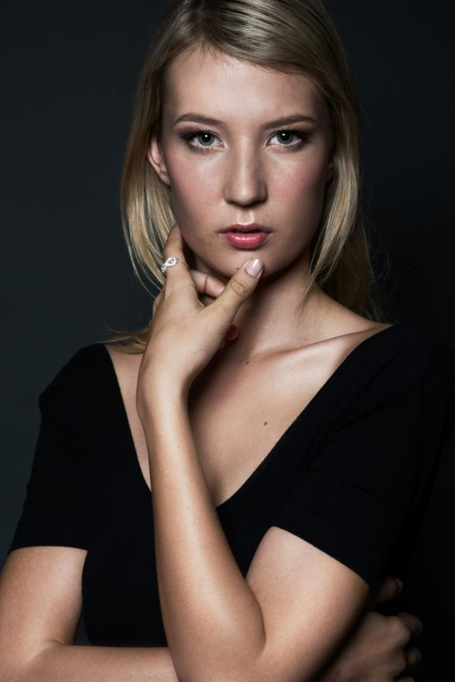 Photographer Silas Middleton, hair and make-up by Maria Rivera, Model Taylor from Vivien's Model Management